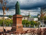 Подготовка к открытию памятника Владимиру